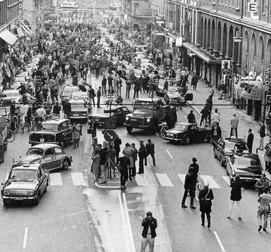 Первое утро после смены левостороннего движения на правосторонне. Швеция 1967 год