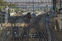В Ленобласти подростка ударило током на железной дороге Молодой человек получил поражение электрическим током на...