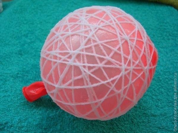 Сделать новогодние шары своими руками из воздушных