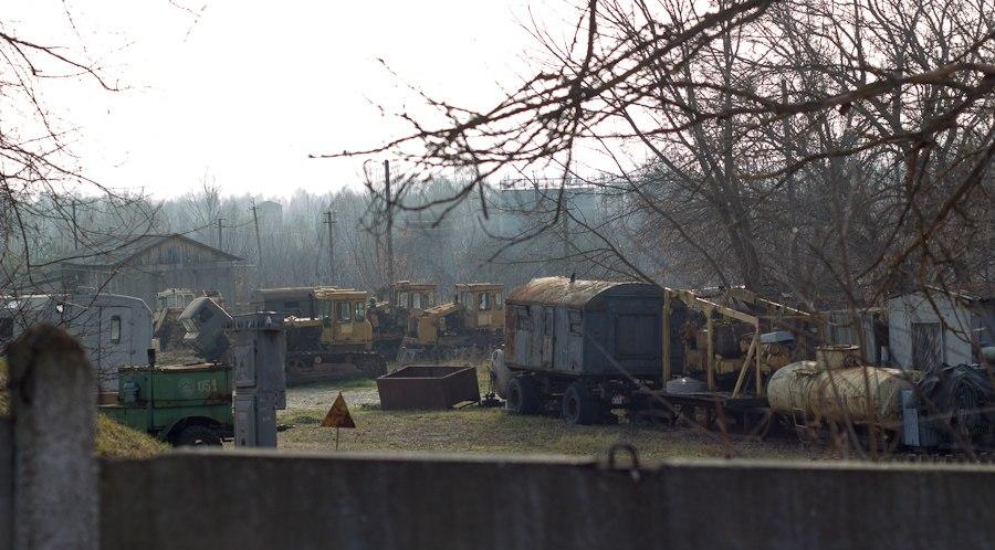 стоянка техники чернобыль