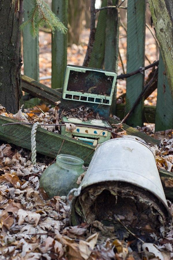 Игрушки из детского сада Копачи, Чернобыль 2012