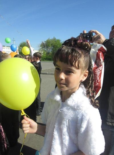 Виктория Ваганова, 26 декабря 1999, Омск, id195910196