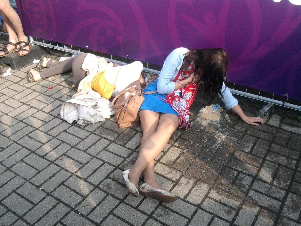 Сайт о пьяных женщинах, Фотографии Пьяные девушки 3 альбома ВКонтакте 20 фотография