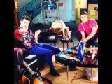 Darren Criss & Chris Colfer - Fox Lounge 2013 (BTS #1)