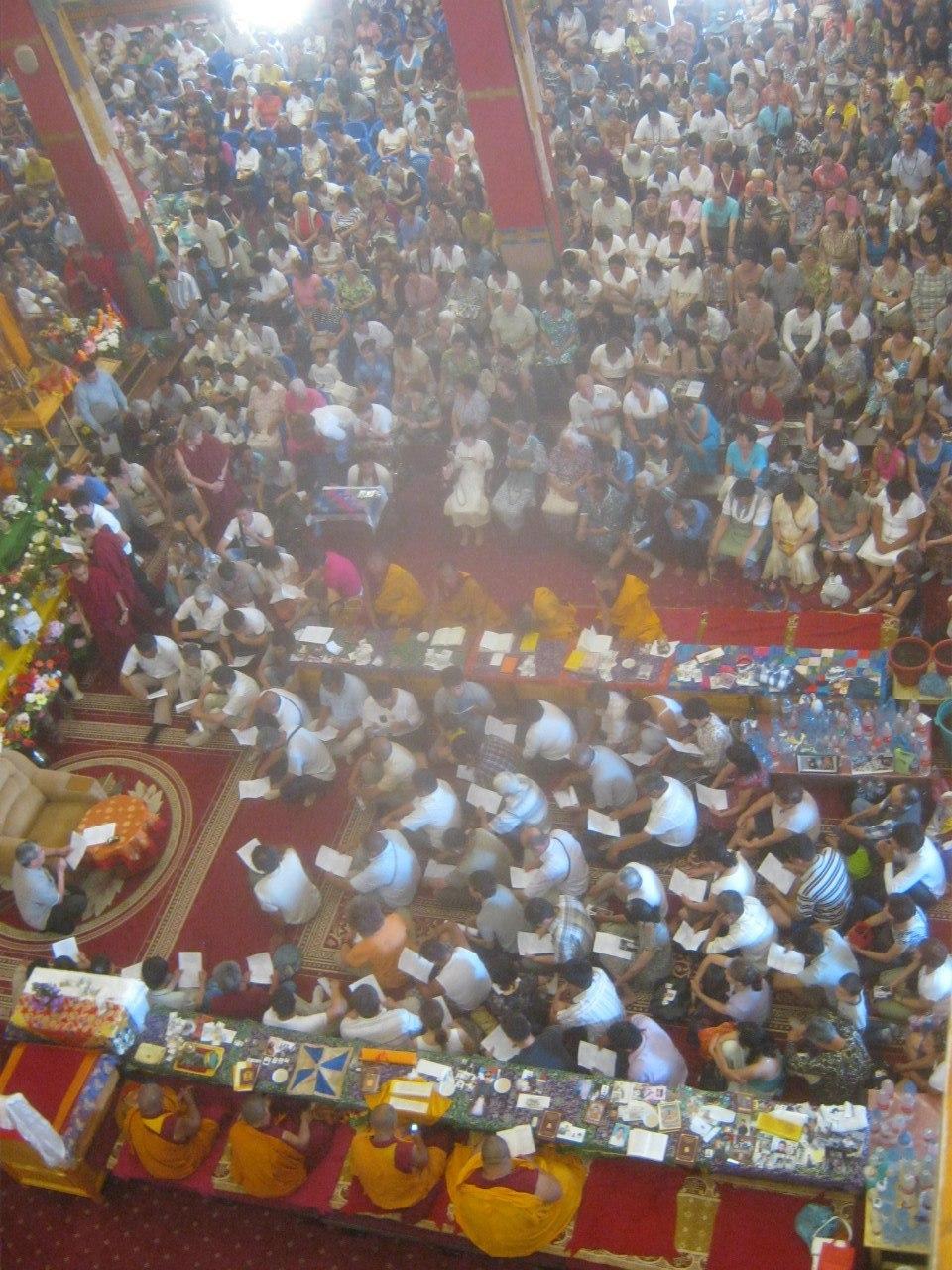 Кульминация праздника Дня Рождения Будды