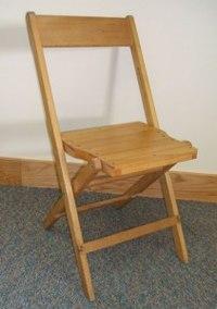Деревянный складной стул замечательная вещь для малогабаритных квартир или дачи.  В собранном виде он практически не...