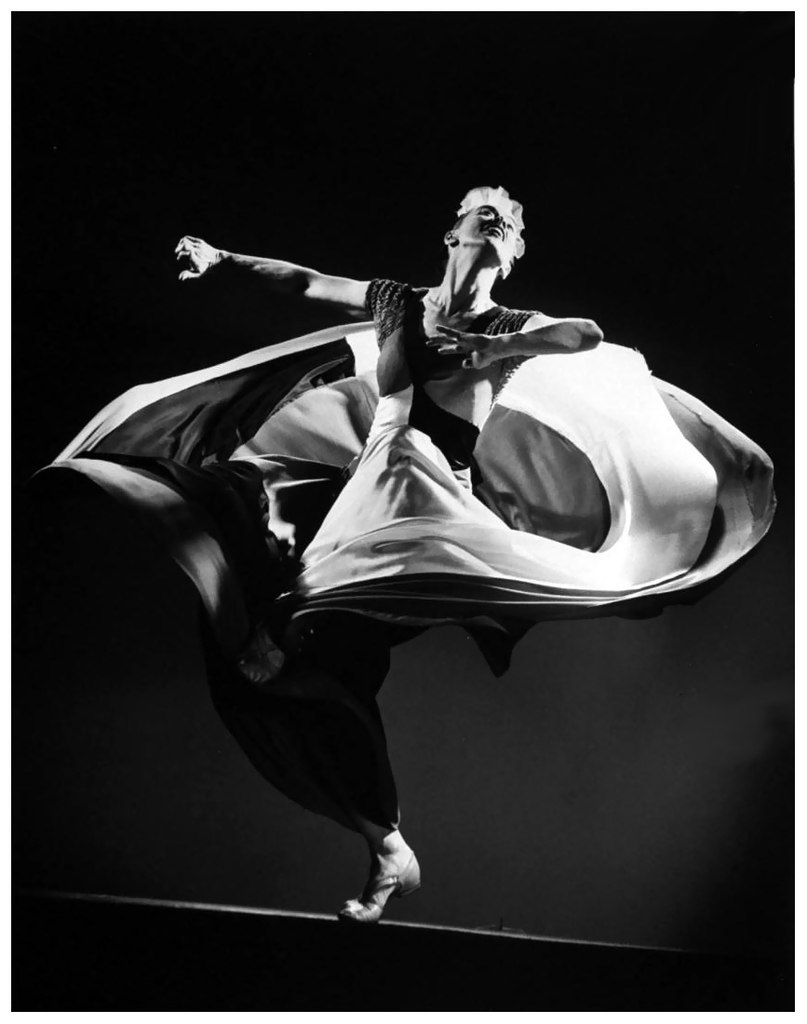 a biography of martha graham the mother of modern dance The history and background on martha graham he was a third generation american of irish descent and her mother jane one of the oldest modern dance.