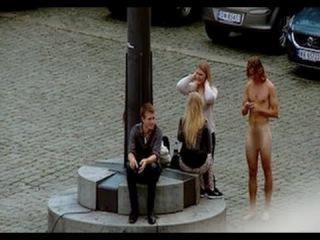Naked Guy Picking Up Girls Prank! (*NSFW*)