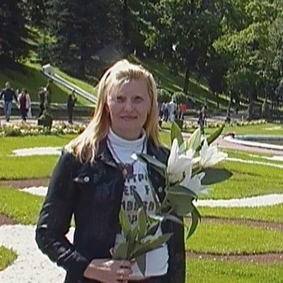 Наташа Ивановская, 26 марта 1966, Санкт-Петербург, id212641564
