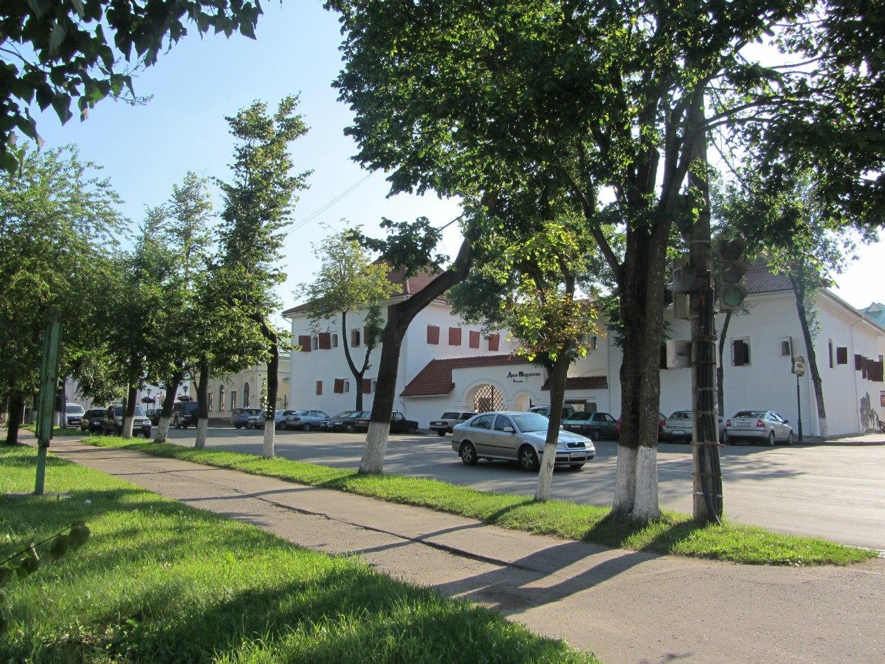 Солнечная студенческо-каникульная среда, 13 июля, в славном древнем Пскове