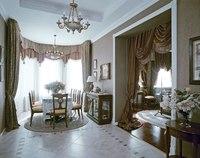 Классический стиль предполагает использование в интерьере предметов мебели разных эпох.  В одной комнате может быть...