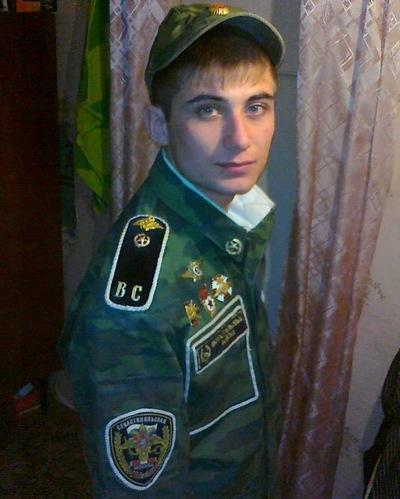 Роман Беляев, 27 мая 1990, Калач, id161799518