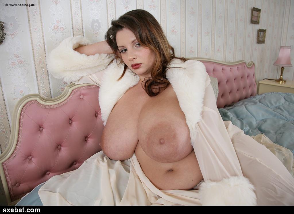 фото баб с большие сиськи