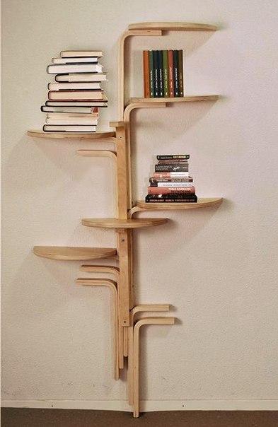 Книжные полки из трех табуреток #DIY_Идеи