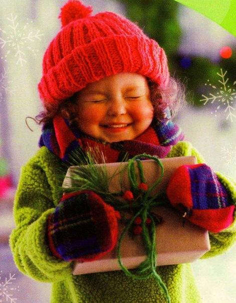 Описание: В Новый Год - ПОДАРОК от детской.
