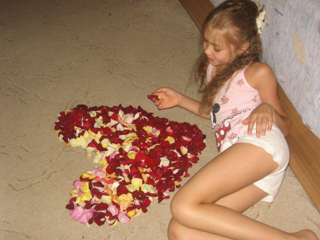 Фото девушек в мини стринге и билни 20 фотография