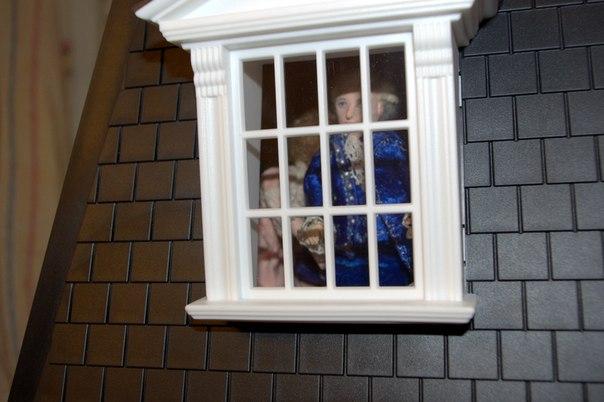 Музыка из окон одного дома от Alexandra Green