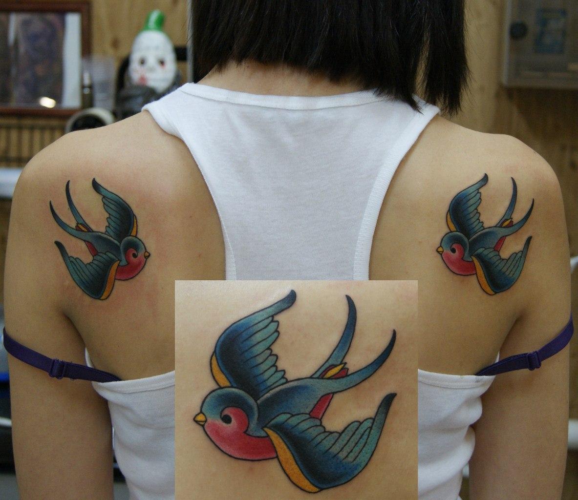 Что означает ласточка тату фото