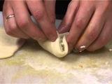 Как лепить треугольный пирожок
