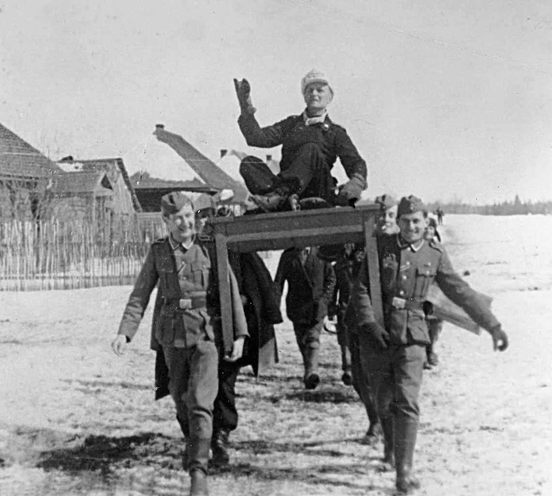 Курская область. ВОВ. Курская дуга. Немецкие танкисты. Фотографии. 13 апреля 1942 - Бездник лейтенанта Мюллера в Батагово