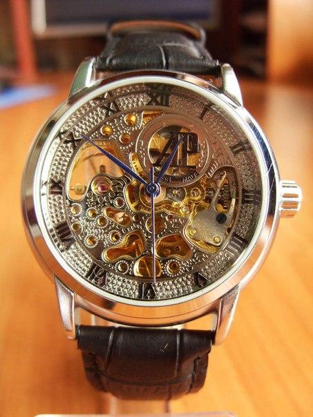 женские золотые часы заря