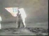 Теперь и на луне колыхается флаг! Свободного ёпта, человечества!