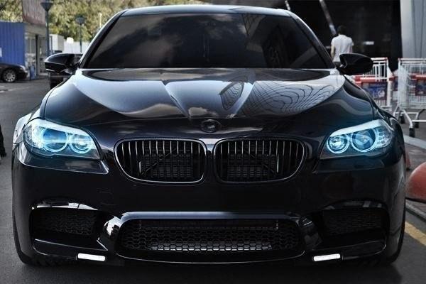 BMW — она как любовница: капризная, сексуальная, дорогая, но она реально возбуждает, такие машины надо выбирать не разумом, а душой.