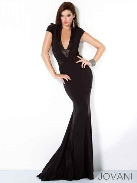 Фото вечерние облегающие платья