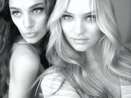 фотографии девушек брюнетки и блондинки вмести