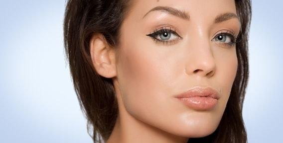 Перманентный макияж бровей сколько держится