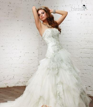 Химчистка свадебного платья цена