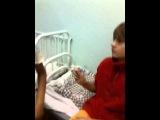 Андрей Крешер даёт афтографы даже в больнице!