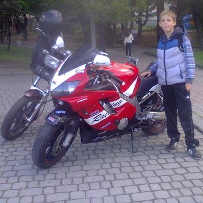 Володя Дмитрієв, 11 июня 1999, Борислав, id166530011