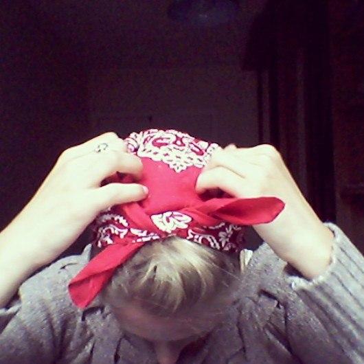 фото - прическа с платком на голову