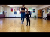 2 yr old and her mom ... Kills choreography !!! 2years old !