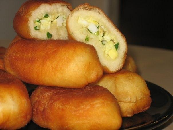 пирожки с яйцом и зеленым луком жареные на сковороде рецепт