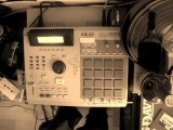 DJ Truffel the Phunky Phaqir - ''BoombapBeatsBoozeBluntsBitches'' MPC 2000 xl Beat video