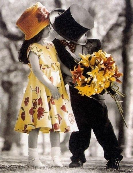 А ты просто подари ей цветы