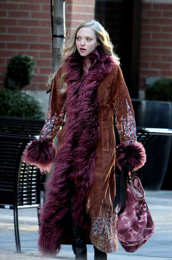 Amanda seyfried chloe fashion 10