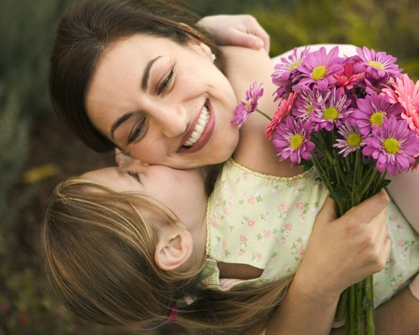 Мама з дочкою