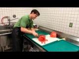 Как нарезать арбуз менее, чем за 30 сек))