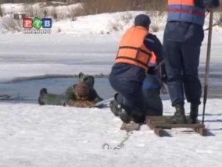 Мастер-класс по спасению на льду для шуйских школьников