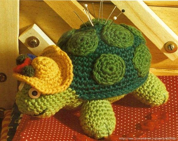 игольница- черепаха Тортилла..