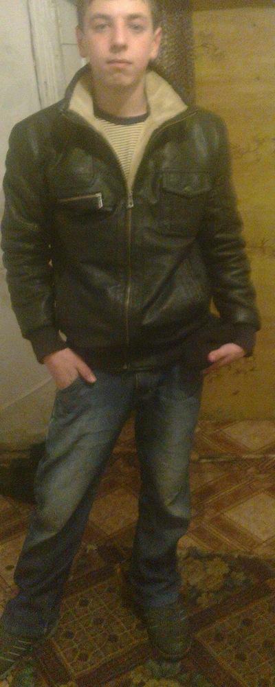 Артур Хасанавич, 20 мая , Якутск, id199602315