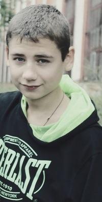 Руслан Мутаев, 9 февраля , id177914323
