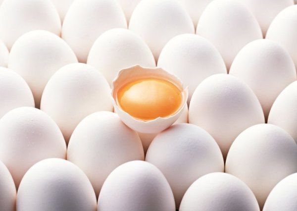 Как отличить сырое яйцо от вареного? | 1 секретов