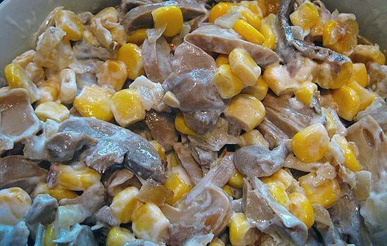 Салат из кукурузы и шампиньонов рецепт