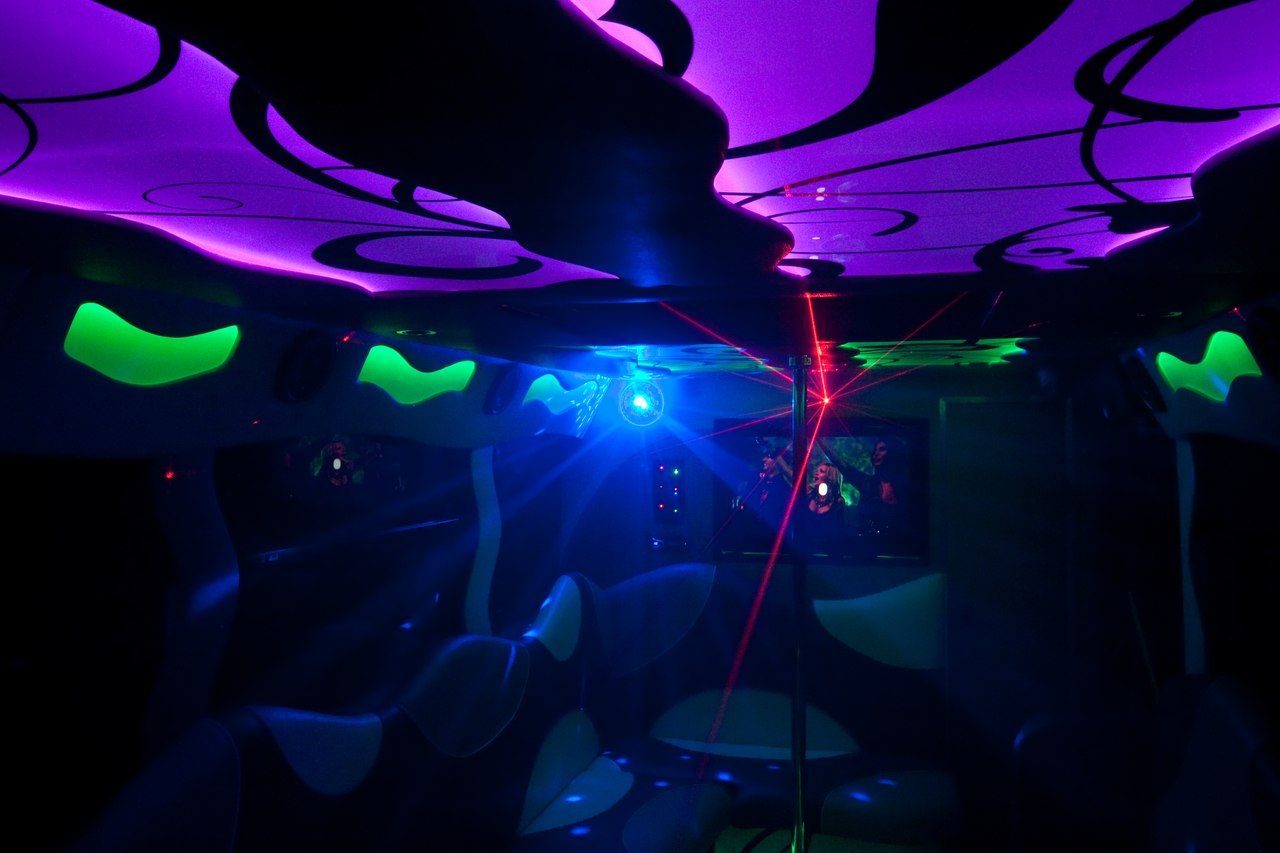 RE: А есть Оренбурге ночной клуб на колесах?