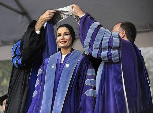 Моза бинт Насер аль Миснед Википедия