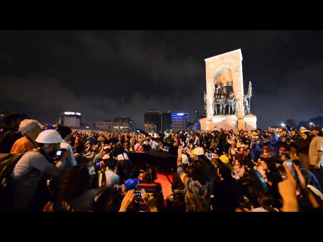 Taksim Meydanı Piyano Resitali - Bella Ciao - DirenGeziParki